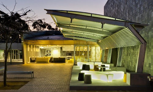 Shade To Order Australia - University Shade Sail - Awnings ǀ Custom Sails ǀ Custom Shade Sails ǀ Pool Shade Sails ǀ Sail Awning ǀ Sail Canopy ǀ Sail Canopy ǀ Sun Shade Sail - Newcastle, Sydney and Australia-wide